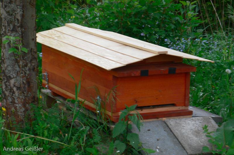 Kiste mit Dach